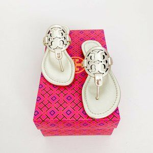 NWT | Tory Burch | Miller Medallion Sandals Gold